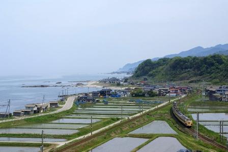 羽越本線2010-3.JPG